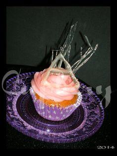 Cupcake de fresa y cristal inspirado en 30stm