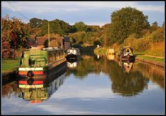 Boats ~ Canal boats, Bromsgrove, Worcestershire