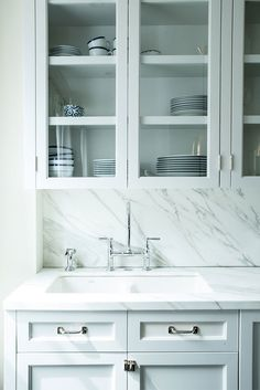 Marble is the star in this kitchen design | katie martinez NYC brownstone kitchen
