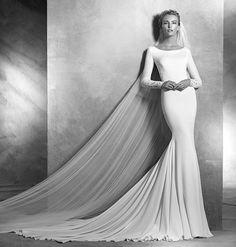 Свадебное платье закрытое простое 2016 от Проновиас