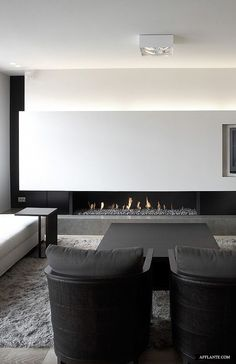 30 Awesome Minimalist Living Room Designs: 30 Awesome Minimalist Living Room Designs With Black And White Sofa And Table And Rug And Modern Fireplace Design Minimalist Home Decor, Minimalist Interior, Modern Interior Design, Minimalist Design, Interior Architecture, Modern Minimalist, Minimalist Apartment, Minimalist Fireplace, Minimalist House