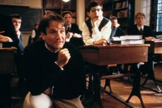'Dead Poets Society' With Bill Simmons, Mallory Rubin, and Chris Ryan 80s Movies, Film Movie, Good Movies, Action Movies, Movie Pic, Robin Williams, Danny Zuko, Robin Tunney, Christian Slater