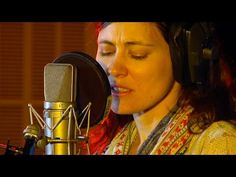 The Wailin' Jennys' Ruth Moody live [HD] The Music Show, ABC RN - YouTube