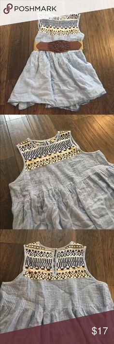 Lucky Brand Sleeveless Blouse Lightweight summer blouse. Lucky Brand. Tag says small, but it's made wide to be flowy. Best fit for a medium or needs to be worn with a belt. Good used condition. Lucky Brand Tops Blouses