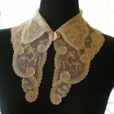 Definitely want to explore different types of collars I can add to outfits