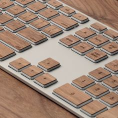 Деревянная клавиатура для Apple