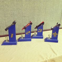 Diy Pinewood Derby Trophy Stands For The Boys Derby