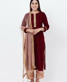 Maroon Suit, Maroon Pants, Indian Bridal Outfits, Indian Fashion Dresses, Net Kurti, Straight Cut Pants, Latest Salwar Kameez, Fabric Combinations, Elegant Saree