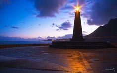Amaneciendo con el Faro de Bajamar...