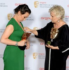 Olivia Coleman, Type 1, Awards, Sari, Crown, Fashion, Female Actresses, Saree, Moda