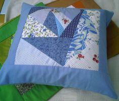Capa para almofada em patchwork. Não acompanha a almofada