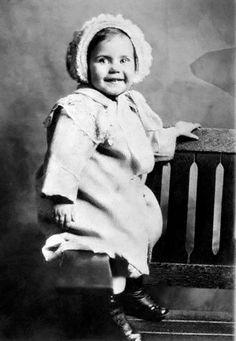 Ginger Rogers a los 2 años