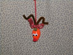 How to Make a Christmas Bulb Reindeer Ornament
