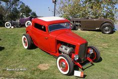 1932 Ford Ardun Coupe - Art Center Car Classic 2011: http://specialcarstore.com/content/art-center-car-classic-2013-inspired-nature