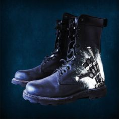 #86bavaria #shoes #rock #hand #beer http://www.bavaria86.com/