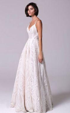 Featured Wedding Dress: Michal Medina; www.michalmedina.com