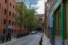 Curlew Street, London, England, UK
