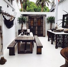 Need a new garden or home design? You're in the right place for decoration and remodeling ideas.Here you can find interior and exterior design, front and back yard layout ideas. Interior Balcony, Balcony Furniture, Patio Design, Exterior Design, House Design, Terrace Design, Villa Design, Design Hotel, Boho Glam Home