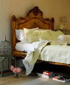 Vintage bedroom, I need this headboard