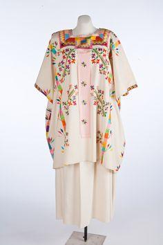 "fashionsfromhistory: "" Ensemble Nahua People Amatlán de los Reyes, Veracruz, México c.1950 Museo de Historia Mexicana """