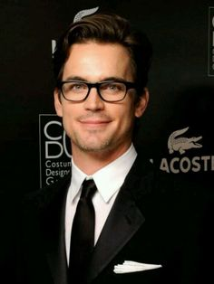 Matt Bomer, can't decide if the glasses make him cuter here, or if it's the smile ^-^