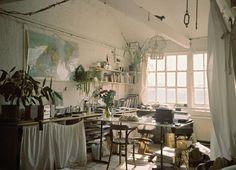 Maps. Houseplants. Windows.