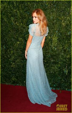 Anna Kendrick & Suki Waterhouse Both Opt for Blue at London Evening Standard Theatre Awards 2014