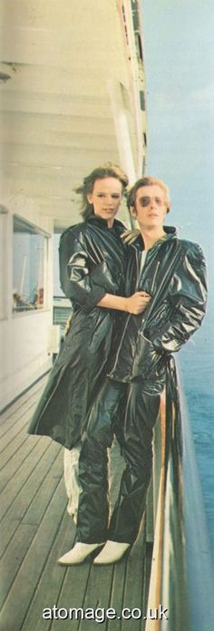 Atomage Pictures A5 Edition 32 Latex, Rain Wear, Black Rubber, Appreciation, A5, Magazine, How To Wear, Clothes, Pictures