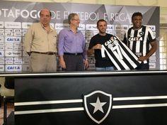 BotafogoDePrimeira: Pintou o 7! Montillo é apresentado no Botafogo com...