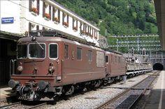 BLS Re 4/4 176 Hohtenn Swiss Railways, Locomotive, Planes, Boats, Transportation, Landscapes, Old Trains, Train Station, Photography