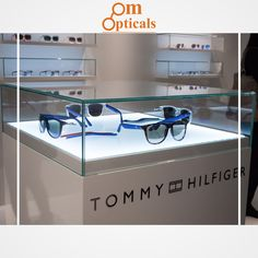 7fe2e5d1e9 optical store in Ghaziabad has stylish eyewear for everyone. You can choose  from wide ranges