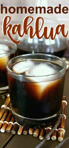 Homemade Kahlua has a simple and perfect balance of sweetness that is shared with coffee and rum. Doesnt it sound good already? Kahlua recipe aged for 2 to 3 weeks. Kahlua Drinks, Yummy Drinks, Bourbon Drinks, Diet Drinks, Healthy Recipes On A Budget, Vegetarian Recipes Dinner, Freezer Recipes, Healthy Food, Starbucks Recipes