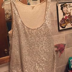 Jcrew tank top!! It's pre owned in great condition!!! Worn once!!! J. Crew Tops Tank Tops