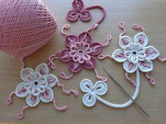 Элемент ирландского кружева -ажурный, объёмный цветочек вязаный крючком.Вязание цветов крючком. Пошаговое описание вязания цветка крючком. Цветок, связанный ...