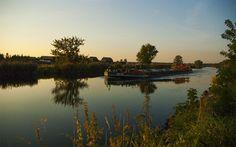 Binnenschiff auf Kanal bei Gatow