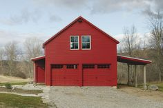 Farmhouse style garage with apartment above   Best Energy-Efficient Home – Fine Homebuilding's 2014 HOUSES Awards - http://www.finehomebuilding.com/houseawards/2014/best-energy-smart-home