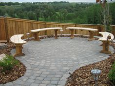 Like the concept, just not on the edge of a drop! Fire pit anyone?