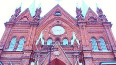 ✨ #Kursk #sky #arhitecture #beautiful #goodday #nice #Курск #архитектура #Малевич #костел #многослов #история #старыйгород #красота #Malevich #instadayli #walking #iwashere #whosays Barcelona Cathedral, Beautiful, Instagram