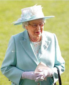 Queen Elizabeth, June 18, 2015 in Angela Kelly | Royal Hats