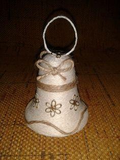 (3) Doručené – Seznam Email Christmas Bells, Christmas Wreaths, Christmas Crafts, Christmas Decorations, Christmas Ornaments, Jute Crafts, Diy And Crafts, Burlap Ornaments, Home Decor Vases