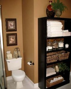 Simple Bookcase for Bathroom Storage