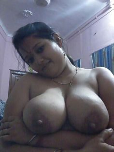 sexy aged nude aunty sweating Desi fat