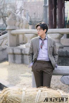 Yoo Ah In in Chicago typewriter. Sungkyunkwan Scandal, J Star, Yoo Ah In, Korean Actors, Korean Dramas, Movie Couples, Korean Star, Kdrama Actors, Best Start