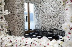 Dior: looking like a million budsElle Decoration South Africa