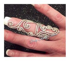 """Full Finger Ring - Hinged Knuckle Ring - Diamond Hinged Ring - double Finger Ring - Statement Ring - Knuckle Ring - finger armor ring    .925 Sterling Silver  adjustable band  Czech diamonds   Hinged at the knuckles    DISCOUNT INFO:   If you are ordering """"multiple items"""" from our store or are a returning customer please contact us for a Discount code.   COUPON CODES:  $10 off over $150 is 10OFF150  *Over $200 please contact us     *All Earrings are non refundable for the respect and…"""
