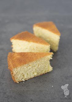 Wolkencake - Deze luchtige cake is gemaakt met opgeklopte slagroom i.p.v. boter. Het resultaat: soort 'wolken'-achtige cake die je zelf nog kunt vullen en afwerken. (Lees het recept via de bron.)