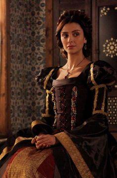 Lehistan prensesi Anna (Özge Ulusoy) - Muhteşem Yüzyıl 119. Bölüm Fotoğrafları