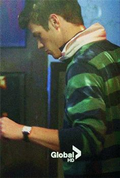 Grant Gustin Gif Hunt Under the cut are 414 gifs of Grant Gustin including updated gifs from season 1 of The Flash. Grant Gustin Glee, The Flash Grant Gustin, Sebastian Glee, Flash Boys, Flash Barry Allen, Arrow Cast, Snowbarry, Blues Clues, Fastest Man