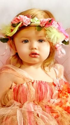 Pretty little flower girl <3