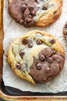 Thick and Chewy Chocolate Chip Brownie Swirl Cookies (aka Brookies) - the best of both worlds! Chocolate Chip Brownies, Chocolate Chip Cookie Dough, Chocolate Chip Cookies, Cookie Brownies, Chocolate Chips, Cookie Recipes, Dessert Recipes, Cookie Ideas, Candy Recipes